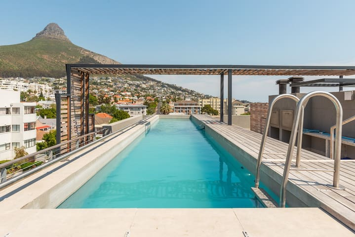 Modern Luxury in SeaPoint. Pool+Designer finishes