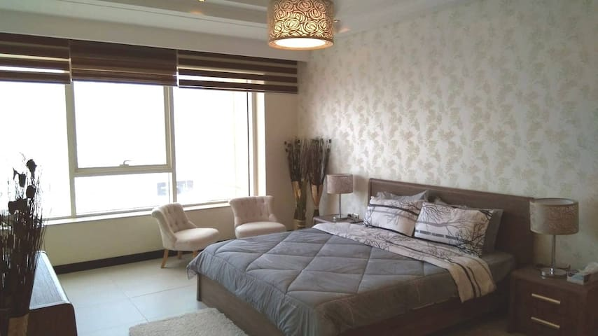 Abraj Lulu - (Gold Tower) 1 Bedroom Flat