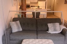 Cozy Apartment - Heart of Downtown Cleveland