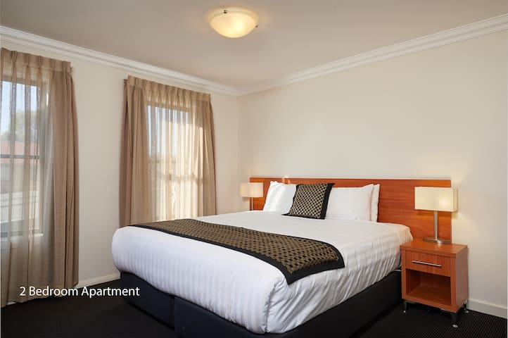 Luxurious Two Bedroom Apartment - Wagga Wagga - Apartament