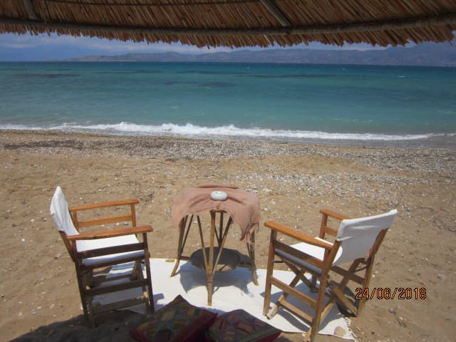 Cosy appartment by the sea ~ Perigiali, Corinth