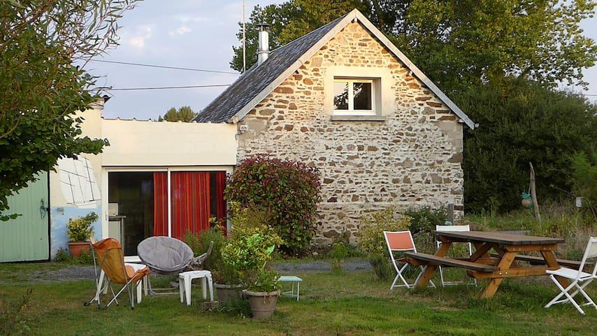 La petite maison des sablons - Annoville - House