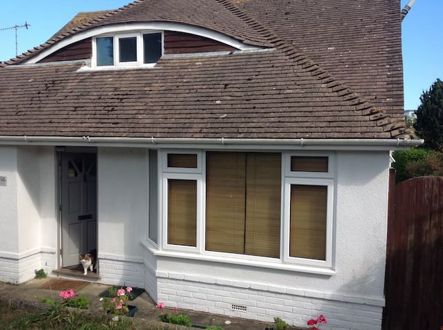 A relaxing haven close to Brighton. - Saltdean - Haus
