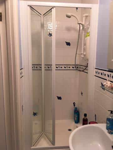 En Suite MIRA Sport shower, toilet and hand basin
