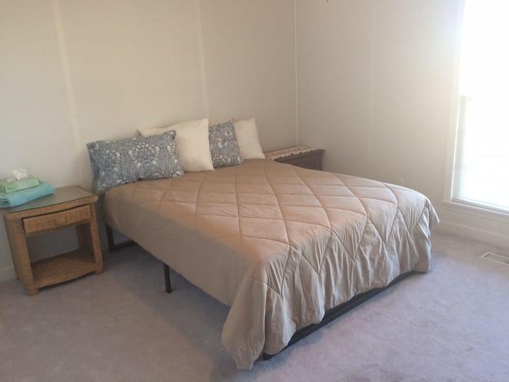 Higdon, Cozy Room #3