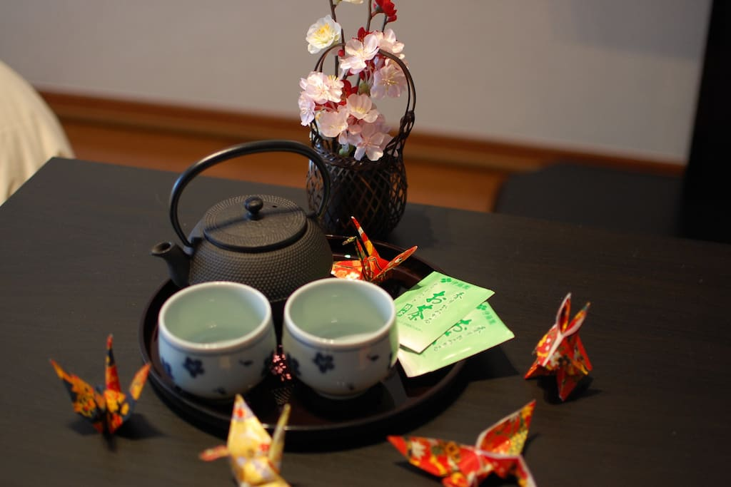 NANBU TEKKI (Japanese teapot), YUNOMI (Japanese teacup), Green tea, ORIGAMI!