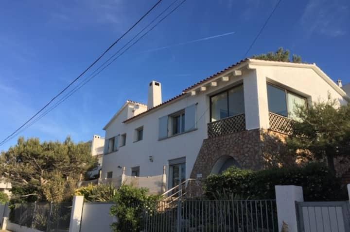 Cocon d'amour,  Montgo, 12 pers,  jardin, piscine