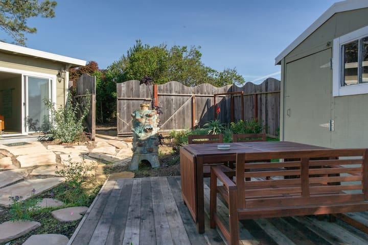 Bodega Bay Garden Suite