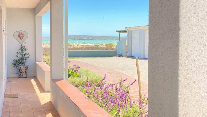 3 Sea View Lodge