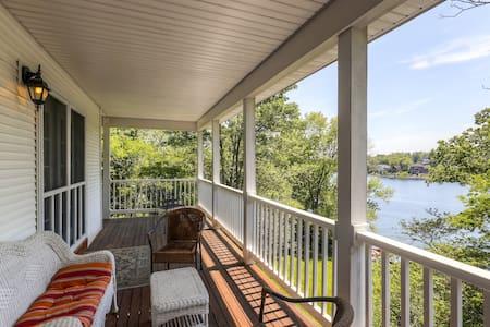 4BR Lakefront Home in Lawrenceburg - Lawrenceburg - House