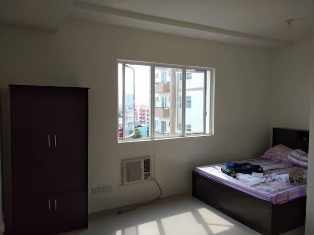 Condo- Studio Unit for rent