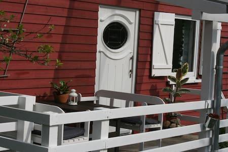 Gemütliches Holzhaus mit Charme