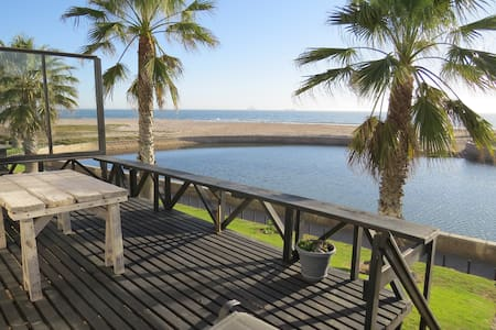 Lagoon Cottage with beach views - Langstrand - Rivitalo