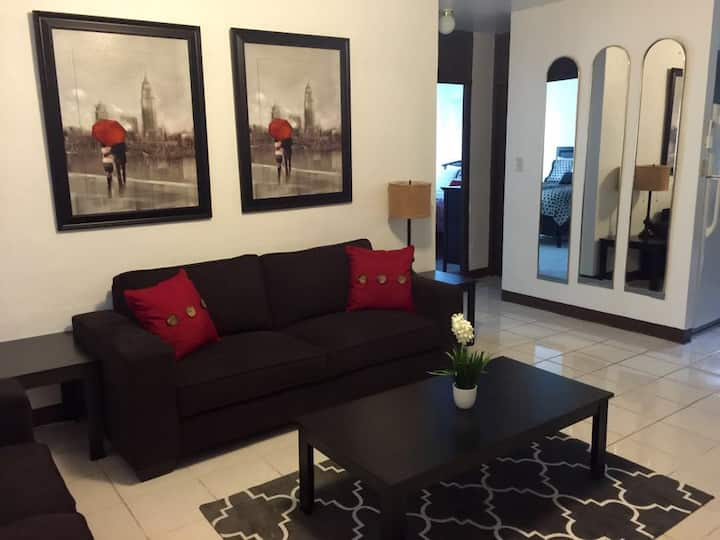 Incredible Private Condo FREE WIFI & FREE PARKING