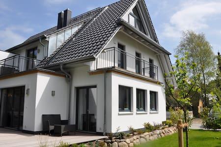 Ferienhaus Dünenwald 5***** DTV , 1. Reihe Strand - Dierhagen - Hus