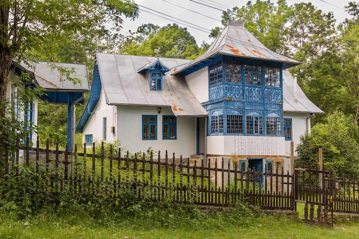 Casa Plaiul Cailor Authentic & Traditional Romania