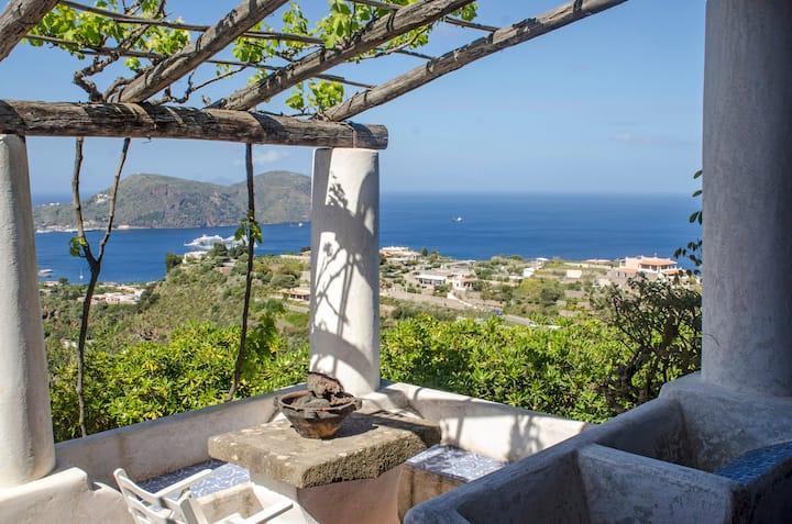 """""""Villa Le Cicale"""" Lipari splendida vista mare"""
