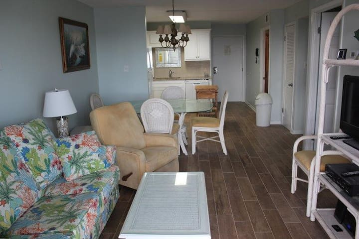 Gulf Shores Plantation Resort 4405 - Recently updated. New Kitchen and New Paint
