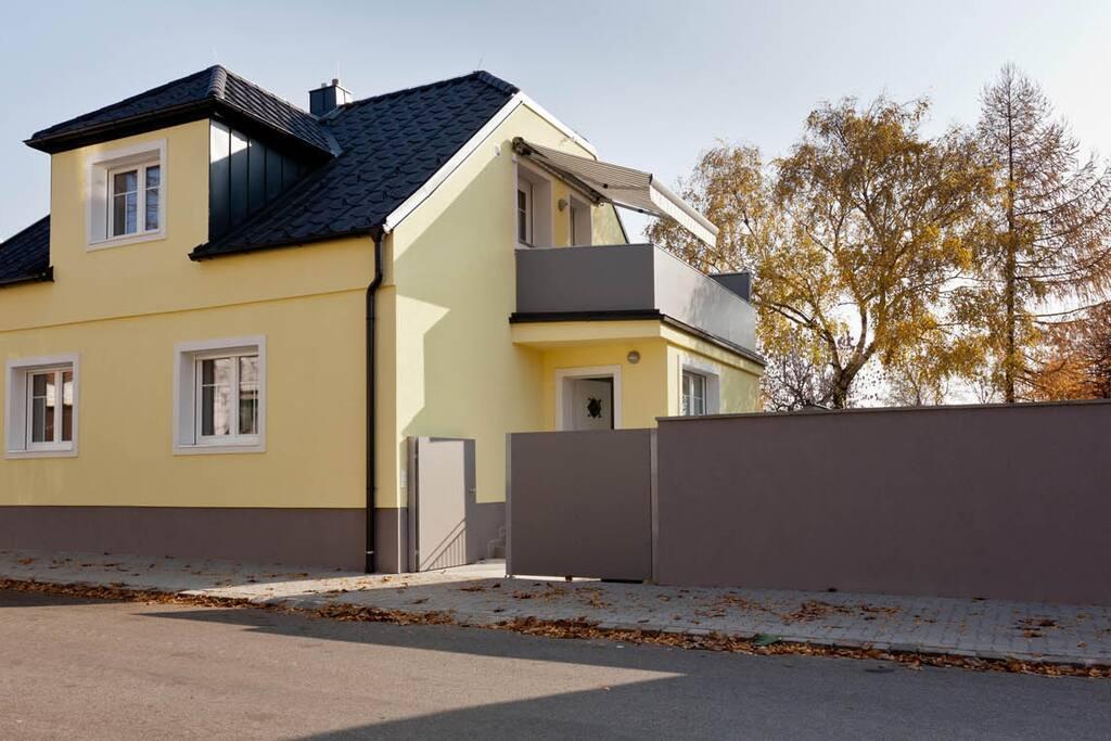 Das Ferienhaus Burgenland von der Eingangsseite mit
