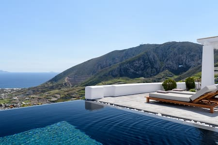 Andromaches Villa with private pool