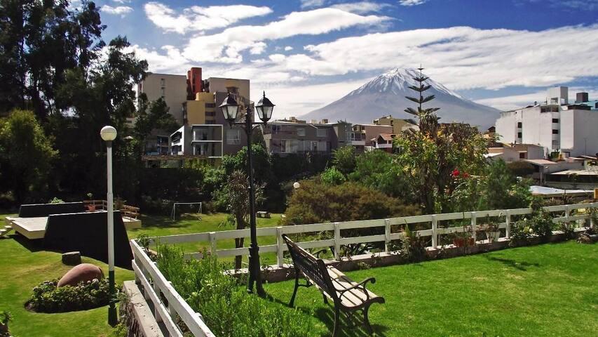 Cómodo y bien ubicado departamento en Arequipa - Arequipa - Huoneisto