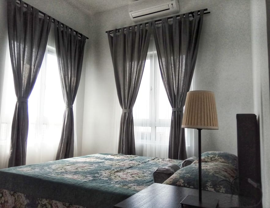 Master bedroom with 1 hp Air conditioning