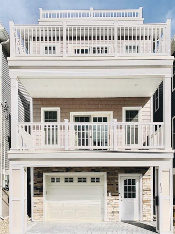 132H : Large Luxury Beach House Seaside Heights