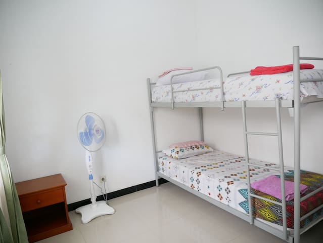 Fourth bedroom, with bunk beds. This room is not air-conditioned.