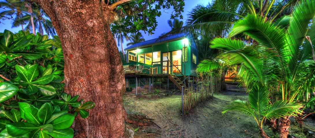 The Tree House -  Tropical lagoon, gardens, whales