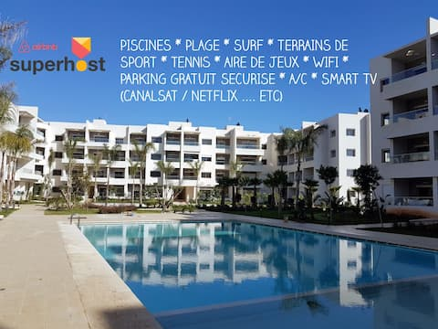 2 bedroom apartment with pools and near the beach