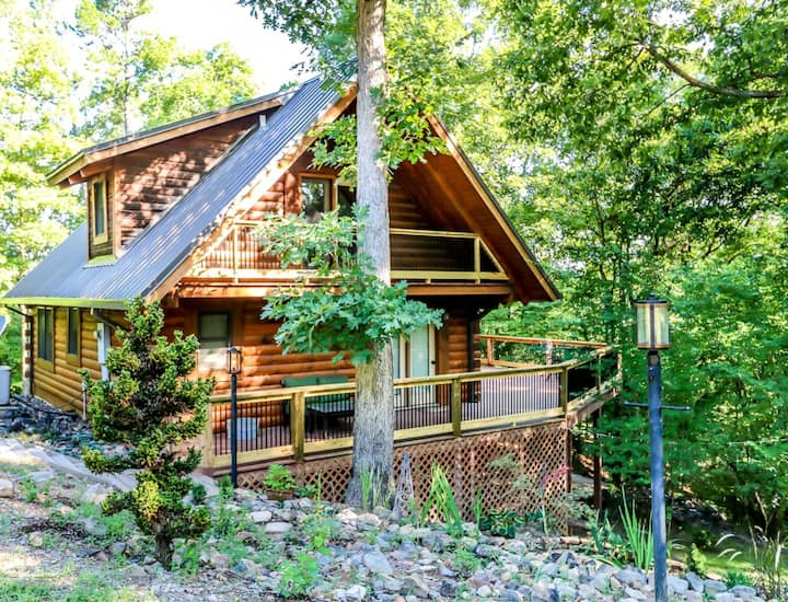 Happily Ever After, Log Cabin - Hot Springs, AR