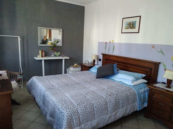 Double bedroom in the city of Como