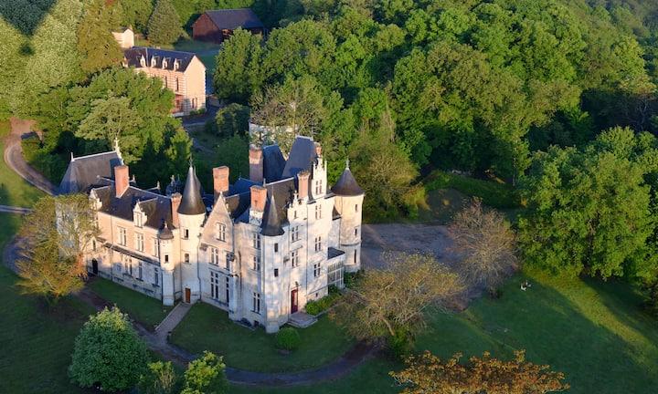Château de Brou, 13 chambres, jusqu'à 36 personnes