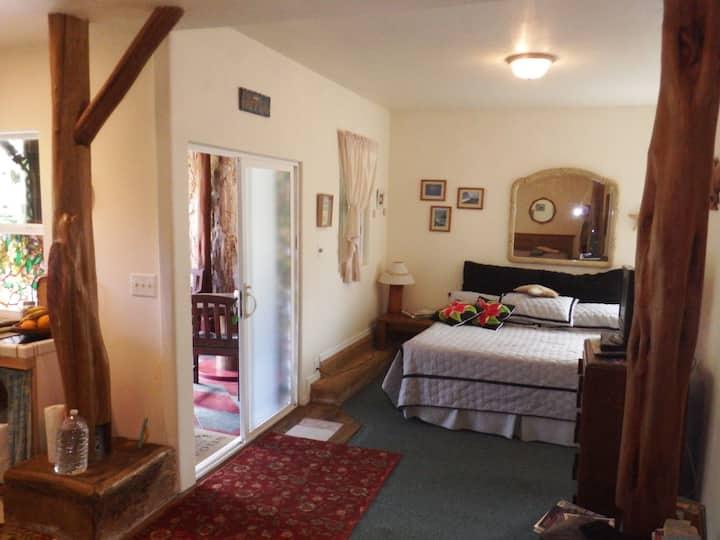 Pololina, Room 2 at Aloha Crater Lodge
