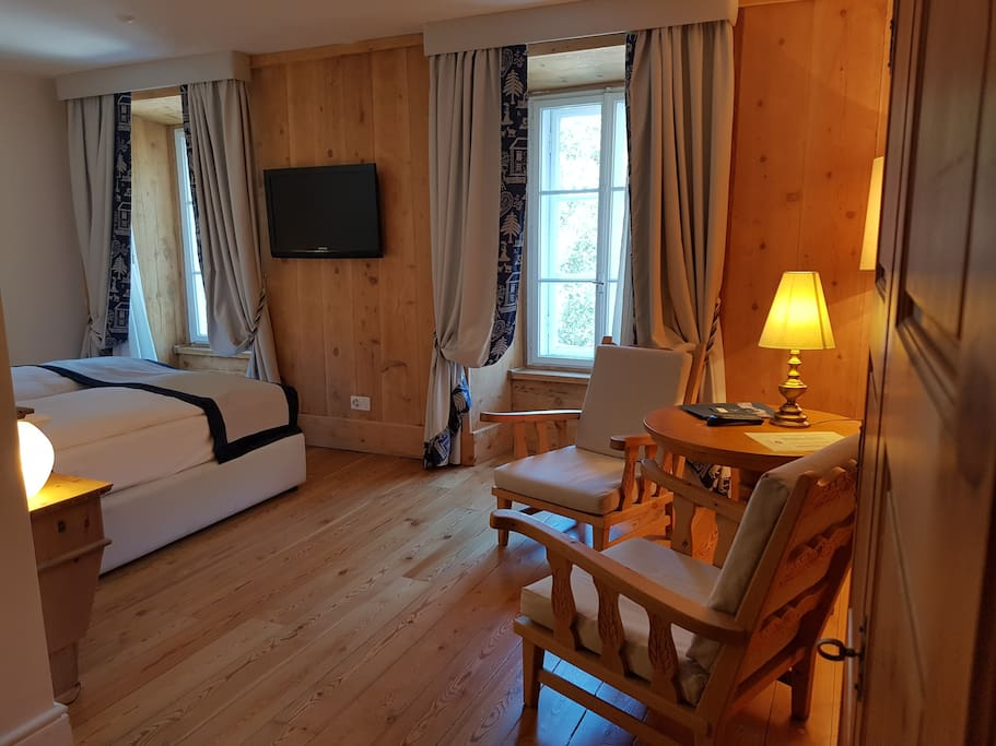 Comfort room chambres d 39 h tes louer samedan for Chambre d hote suisse