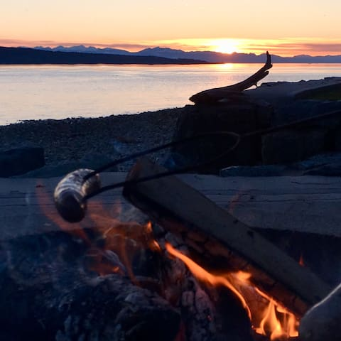 Sunset wiener roast in March