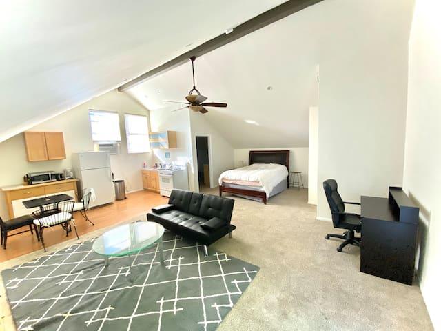 Charming Guest House 2 blocks fr Ventura&Sepulveda