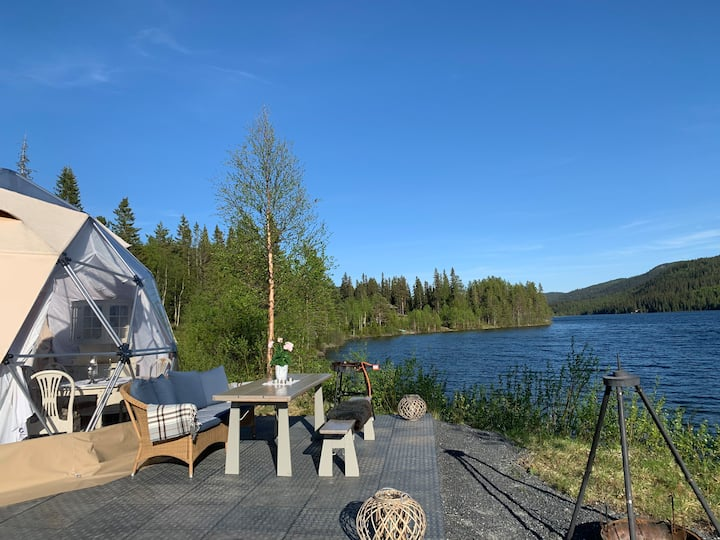 Luxus glamping i Dome. For minimum 2 netter