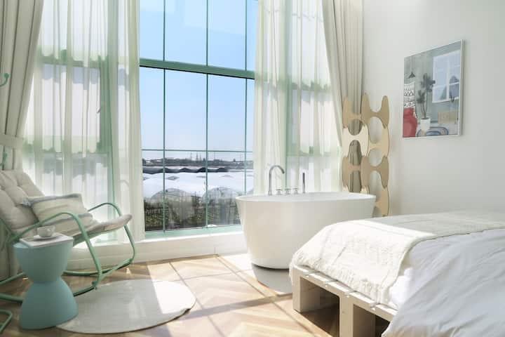 薄荷INN-[牛油果]-迪士尼网红打卡民宿/免费接送迪士尼/免费早餐+超大落地窗-景观房-浴盆-