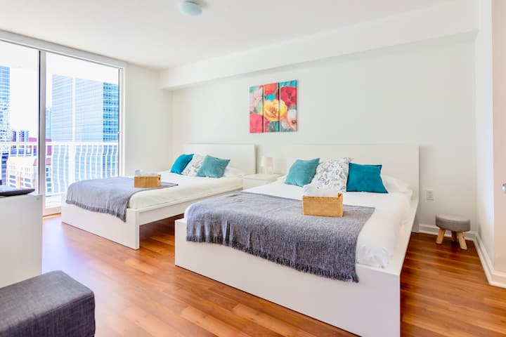 Ocean & City Views Lux Miami Brickell | Sleeps 5