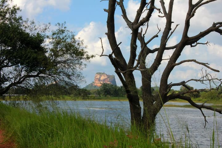 RHO Sigiriya Lake Edge Retreat