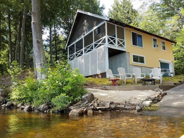 Relaxing Retreat on Sokokis Lake
