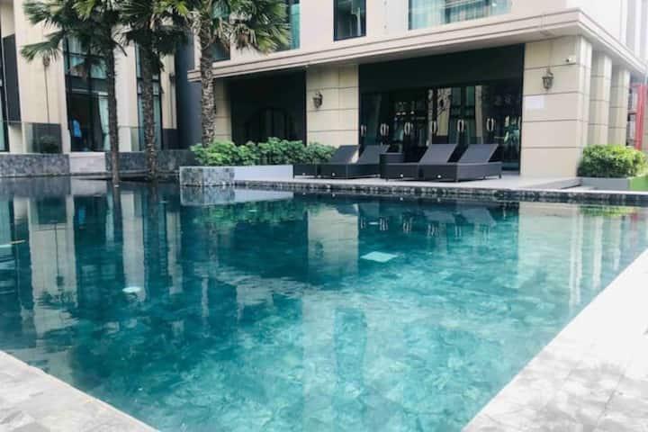 曼谷市区Bangchak BTS/同层2套共6卧公寓/便利店超市/席那卡琳火车夜市/大厅直通泳池