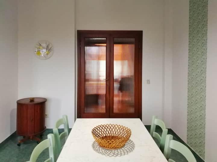 Careggi - Casa accogliente, 3 camere e parcheggio