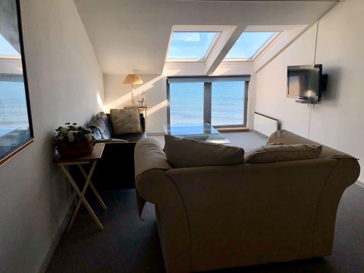 Udsigtslejlighed i Ballen Havn, Samsø (nr.3)