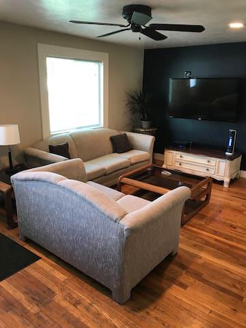 Cozy 2 BdRm Home