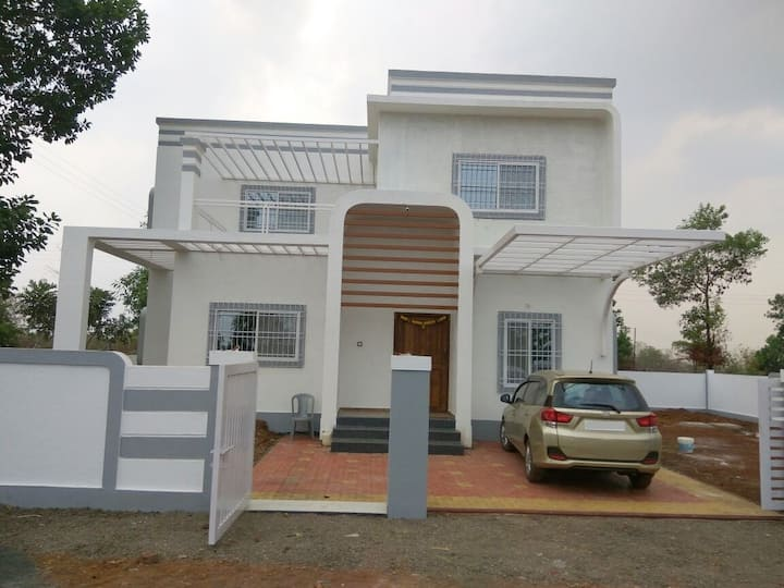 Serene valley view villa @Shahapur near Malshej