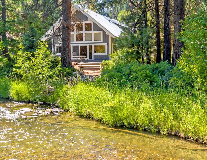 The River House and Guest Cottage-The River House & Guest Cottage! Great Value on the Yakima River * Hot Tub