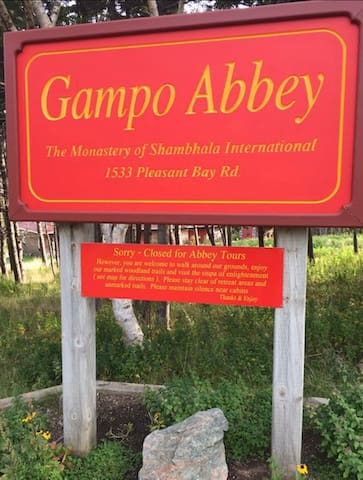 The Gampo Abbey, Pleasant Bay