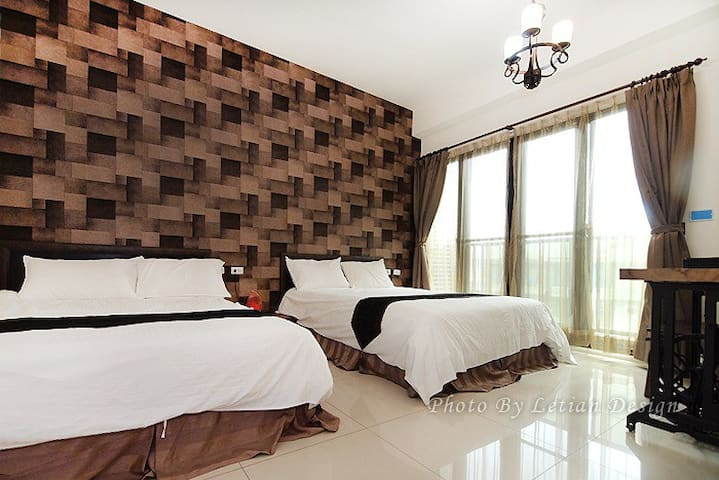 老車的家-202四人房,近羅東夜市 - Luodong Township - Huis